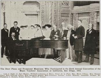 1916年加利福尼亞音樂教師協會第6界年會上的的斯塔爾鋼琴和著名音樂家們